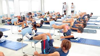 今日から育英高校柔道部の体幹を鍛えます(o^^o)