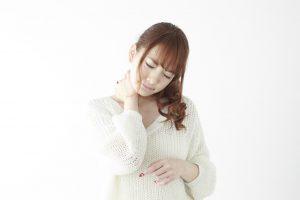 頭痛・不眠症・ドライ…原因は首のこりかもしれませんよ!